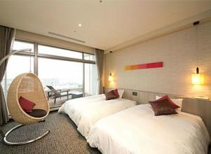 杉乃井ホテルの中館2階の部屋(シーダテラス)